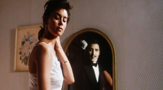 twice-dead-1988-movie-review-mirror-killer-jonathan-chapin-jill-whitlow